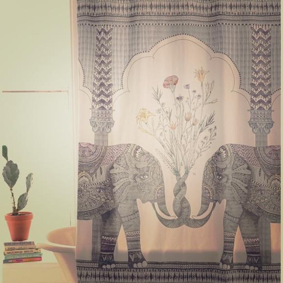 Magical Thinking Elephant Shower Curtain M 5c05f2000cb5aac9cf910361
